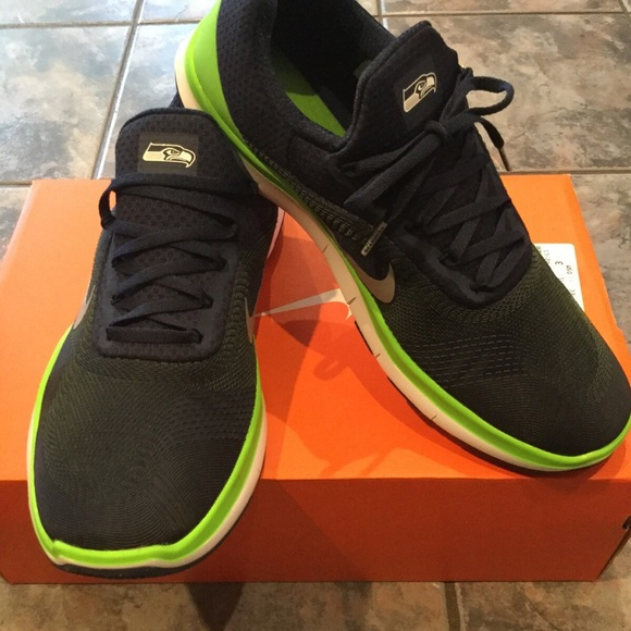 New Nike Seattle Seahawks shoes NWT